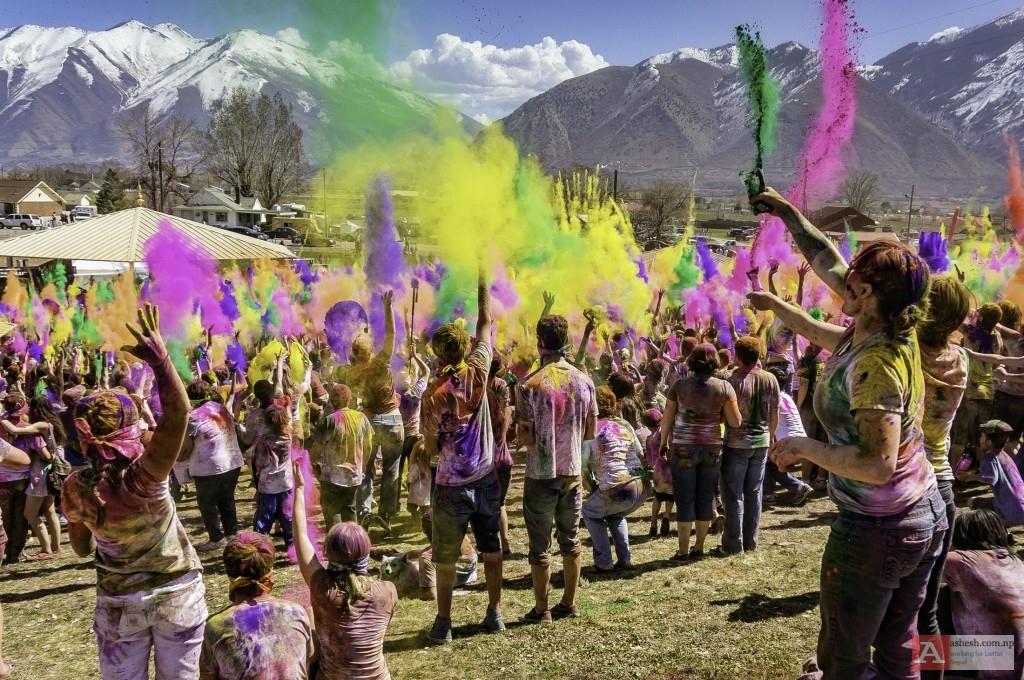 Photo-Gallery-for-Holi-Mela-2016-Festival-of-Colors-7a7a1b6ad43247-29169